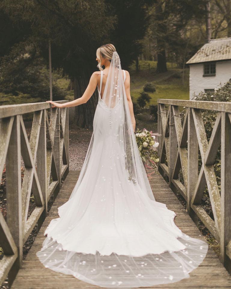 Wedding dress with a long veil