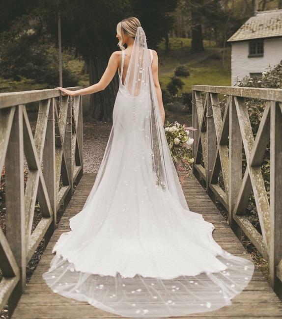 Joyce Jackson Veils - floor length lace veil