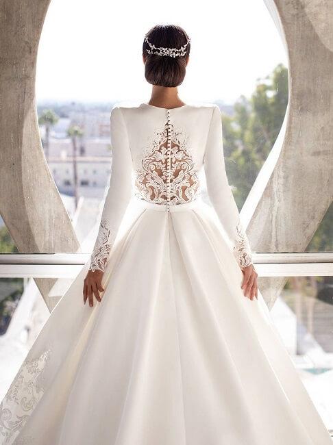 Pronovias wedding dress lace back detail